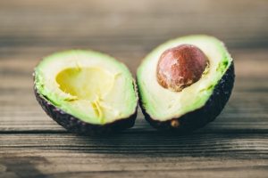 When looking at square footage and amenities, comparing apples-to-apples (or avocados to avocados) is the only way to fairly value your home. - Courtesy: Trulia